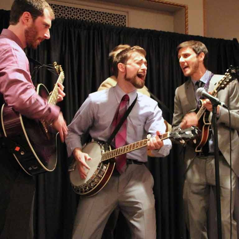 Students sing at SPEA auction gala
